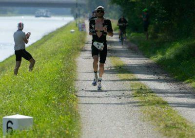 Böhnlein-Sports-Bamberg-Triathlon-Marathon-Laufen-Schwimmen-Christopher-Dels-Chris-2021-3